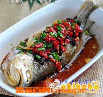 果蔬百科豉椒鲜蒸大黄鱼